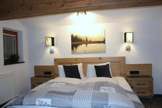 חדר בדירות ליזה