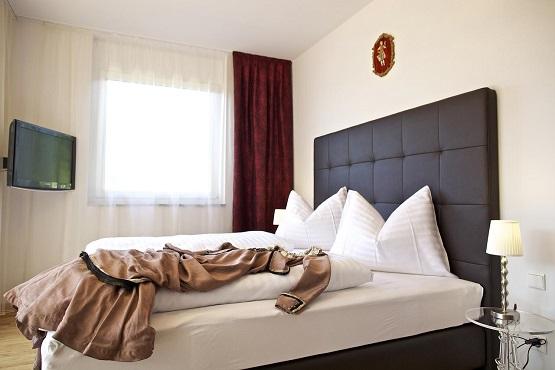 מלון Apart Hotel Legendär