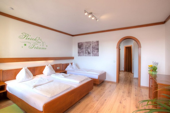 חדרים מרווחים בדירות Mathiasl Panorama Ferienwohnungen